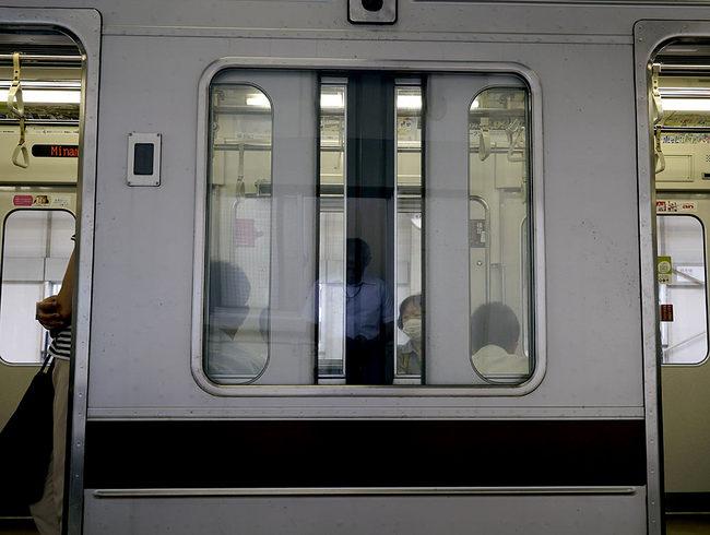 戸袋窓.jpg