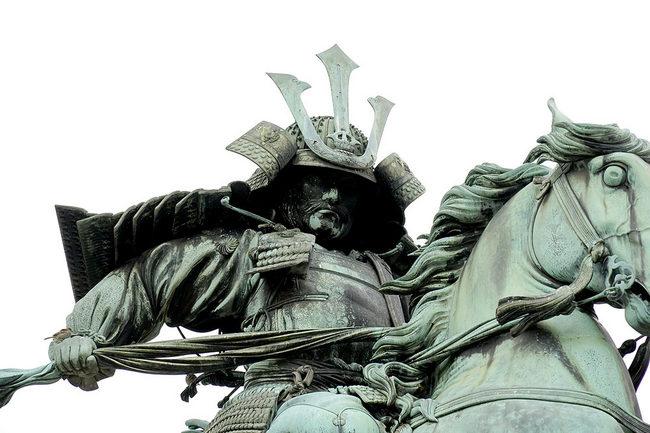銅像2.jpg